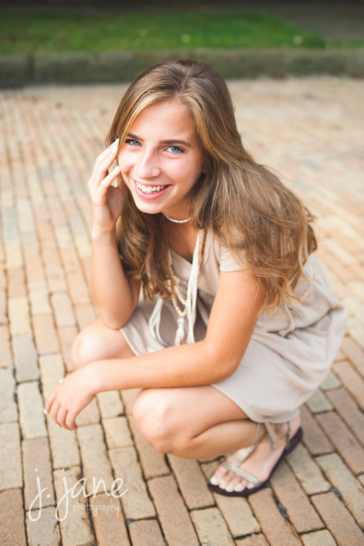 Senior, Annamarie